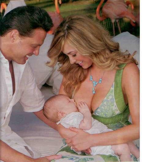 Ser famosa elev... Mama De Los Hijos De Ricky Martin